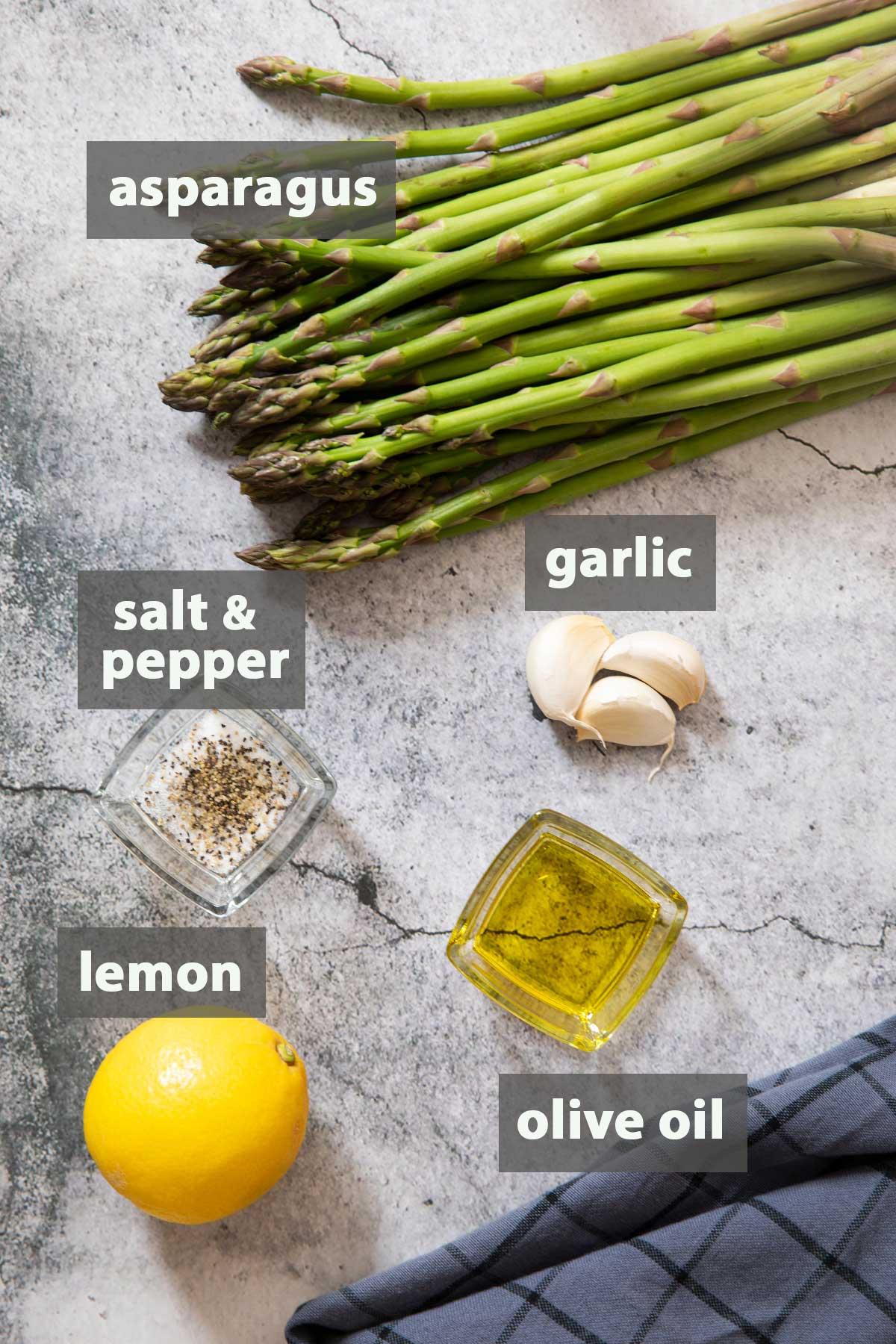 An image showing all the ingredients you need to prepare Sauteed Garlic And Asparagus
